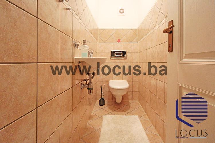 12_Toalet.JPG